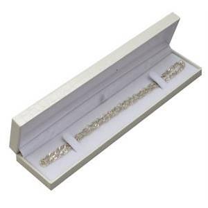 Bílá koženková krabička na náramek