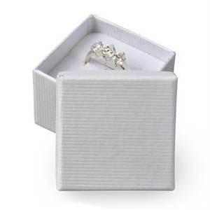 Malá dárková krabička na prsten - bílá