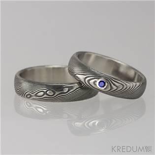 Snubní prsteny Damasteel Prima Safír - pár - KS1036