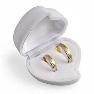 Dárková krabička na náušnice nebo snubní prsteny