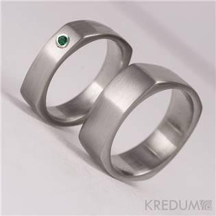 Dámský kovaný ocelový prsten se smaragdem - velikost 47 - KS1014-SM-47