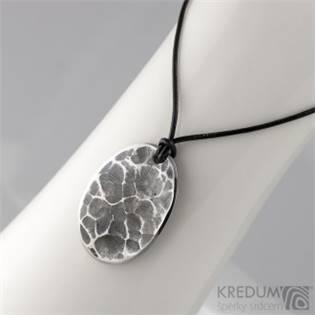 Kovaný ocelový přívěsek madailon - Draill