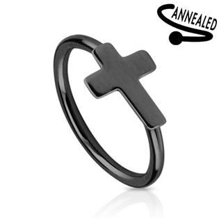 Černý piercing do nosu/ucha kruh s křížkem