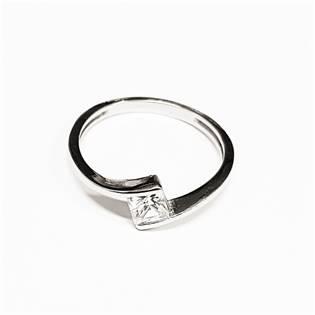 Stříbrný prsten se zirkonem, vel. 55