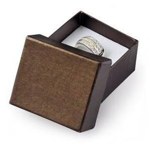 Malá dárková krabička na prsten hnědá