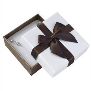 Dárková krabička na soupravu - hnědá mašle