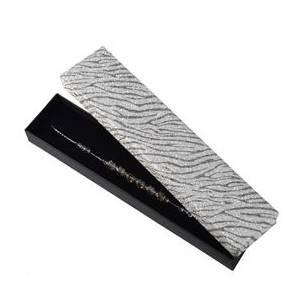 Dárková krabička na náramek, stříbrná zebrovaná