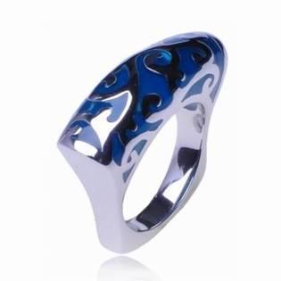Ocelový prsten s ornamenty OPR1035
