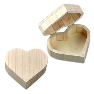 Dřevěná krabička srdce malé, 10 x 9 cm