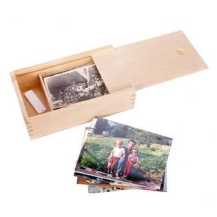 Dřevěná krabička na fotografie s posuvným víčkem